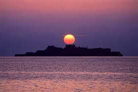 軍艦島とは?歴史を知りたい!世界遺産に登録される可能性は?