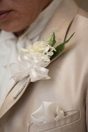 結婚式はポケットチーフでオシャレ度UPを!!