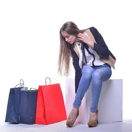 買い物が辞められない!買い物依存症の原因と克服方法とは?