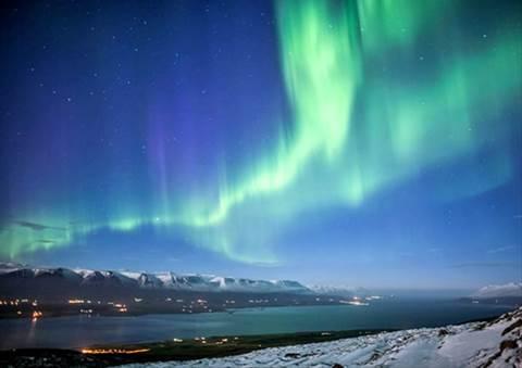 アイスランドでオーロラ観賞!日本人観光客が知らない穴場を発見!