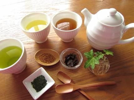 便秘が悪化!?薬局などの便秘に効くお茶の危険な効能!