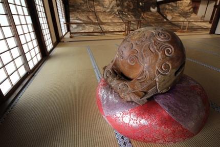 お寺の木魚