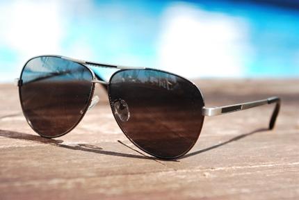 大きなサングラス