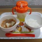 離乳食を始めなくっちゃ!初期は豆腐などのアレルギーに要注意!
